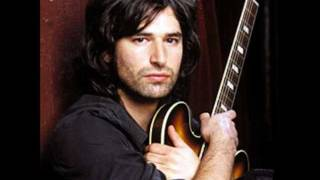 Watch Pete Yorn How Do You Go On video