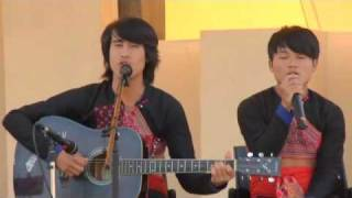 Hmong guys in Thailand sing Hmong song