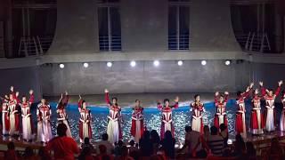 Symphony of the seas Acrobat at Aqua theater 2019