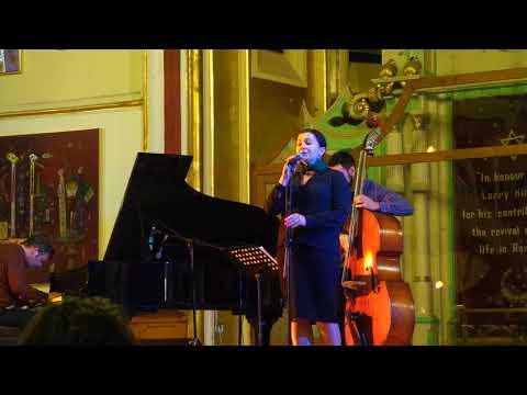Ana Maria Galea, Daniel Csikos - pian, Răzvan Cojanu - contrabas, John Betsch, USA