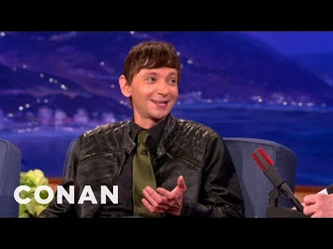 DJ Qualls Stopped Masturbating To Grow A Beard - CONAN on TBS
