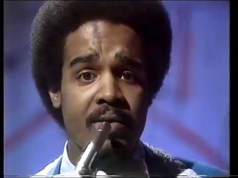 The Stylistics - Can't Help Falling In Love With You