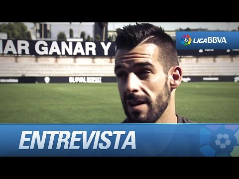 Entrevista a Álvaro Negredo, jugador del Valencia CF
