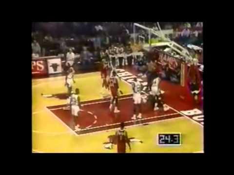 Dominique Wilkins (33 Pts) Vs Michael Jordan (35 Pts) 11-7-1992