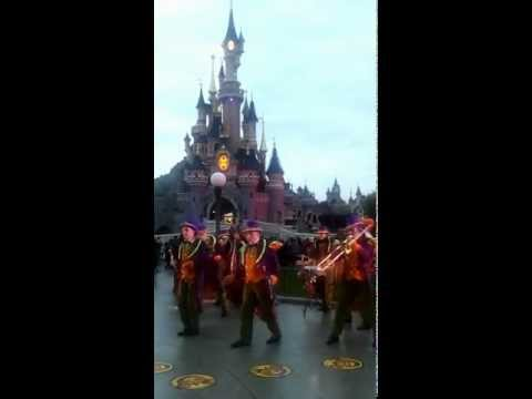Soft Jazz In Disneyland Paris video