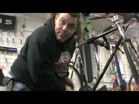 Crank Axle Removal - Bike Repair - BikemanforU