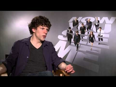 Now You See Me Cast Talk New Movie: Mark Ruffalo, Jesse Eisenberg & More!