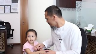 Go To Mama! Very Cute Filipina Kid ???? – Journey To Islam of A Filipino Brother