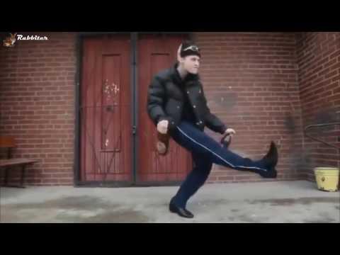 Колян / Колян танцует лучше всех. Euro feat Singletown. Компиляция прикольных танцев под хит 90-х