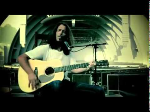 Chris Cornell - Call Me a Dog