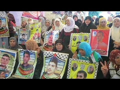 Israel names Palestinian prisoners it will release as part of peace talks recommencement deal