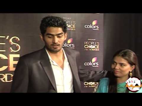 Vijender Singh can hit one hre At People's Choice Awards On Red Carpet