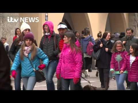 Migrant crisis: Tension rises as Austria tightens its Italian border