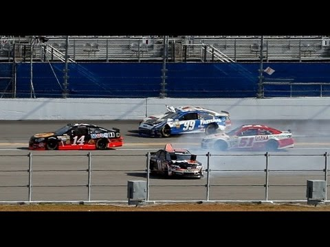 Hard crash for Carl Edwards at the 2013 Budweiser Duel 1