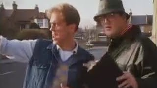 Annoying Eye Witness - A Bit of Fry and Laurie - BBC
