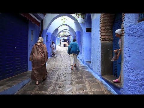 Walking in CHEFCHAOUEN / MOROCCO (Marokkó)