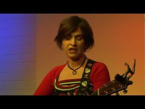 Eleanor Mcevoy - The Fire Overhead