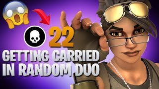 I Did Random Duos And Got Carried (Fortnite Battle Royale)