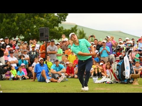Jordan Spieth's incredible marshmallow trick shot