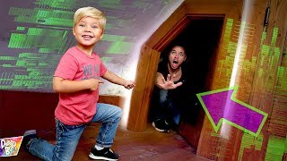 OPENING the SECRET DOOR in GAME MASTER's MANSION! (What's Inside?)
