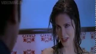 Sunny Leone hot kissing open videos and sex