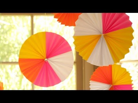 How to Make Hanging Paper Fan Medallions    KIN DIY