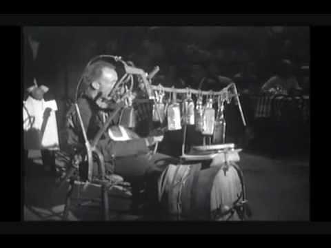 Walter Brennan & His Contraption Song Medley (1936)