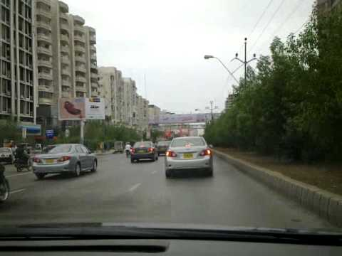 Cloudy weather at Shahra-e-Faisal, Karachi