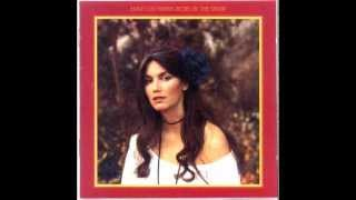 Watch Emmylou Harris Roses In The Snow video