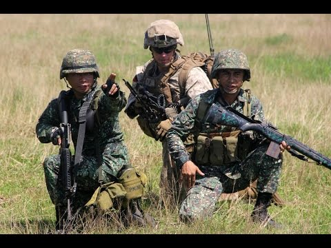 Philippine and US marines conduct live fire exercise
