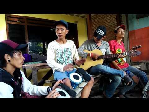 Pasukan Ndelming Surabaya - Dermaga cinta