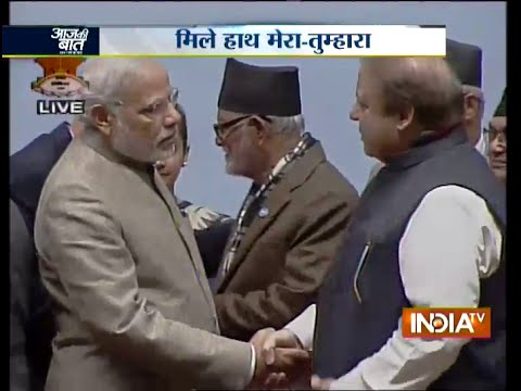 Aaj Ki Baat Nov 27, 2014: Modi, Sharif shake hands, meet at Saarc retreat