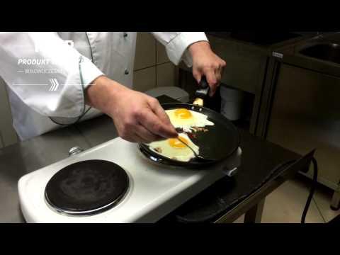 Produkt Tradycyjny W Nowoczesnej Kuchni - Jajka Sadzone