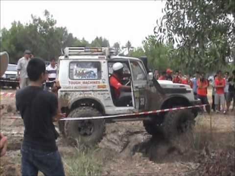 Sandakan Festival Off-Road Challenge 2012 [Albert's Suzuki] - Muddy Drains
