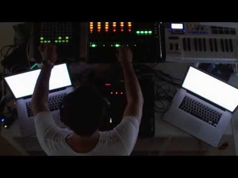 Paul van Dyk Live @Beatport Berlin Office 03.07.2013 (USTREAM) klip izle