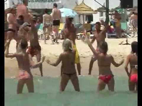 TUNISIAN marhaba beach- bomba sexy dance 2009
