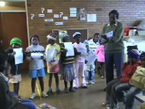Refugees start their own school in South Africa
