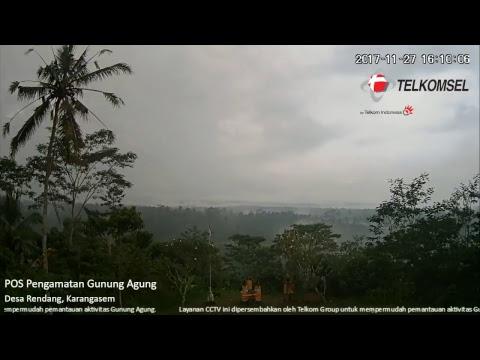 Pemantauan Aktivitas Gunung Agung Bali