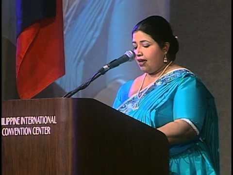 Ms. Deepika Priyadarshani (SRI LANKA) receives Gusi Peace Prize 2012