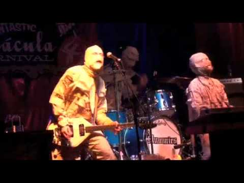 the mummies- stronger than dirt (funtastic)