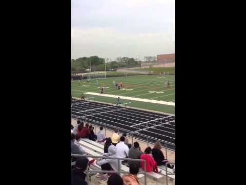 Jaelon Watkins Lake Olympia Middle School gets 1st in the 100m hurdles