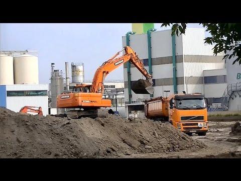 Hydraulikbagger Doosan DX 225LC / Hydraulic excavator Doosan DX 225LC