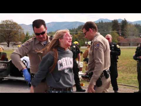 WARNING: There are some intense scenes of a mock traffic accident & death. This is a short documentary about the Every 15 Minutes program put on by the Etna High School in April, 2014 Thank...