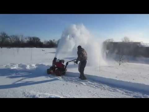 Самодельный снегоуборщик из газового баллона