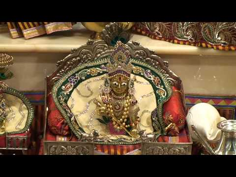Mataji No Thal - Luton Mandir Navratri Day 6 video