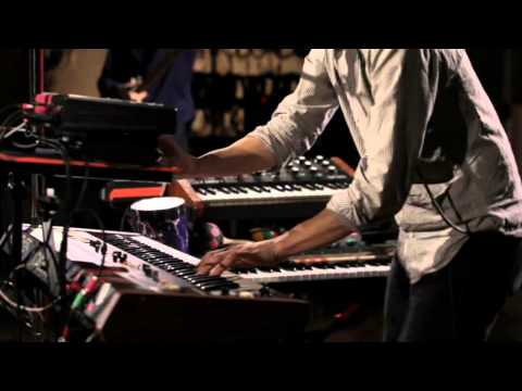 Django Django - Firewater &amp; Drumforms/Waveforms : Abbey Road Session