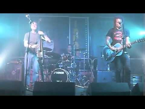 Eric McFadden Trio,live at lapsus 2010 - Working For A Dead Man