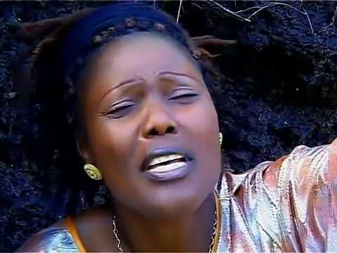 Sarah K - Mnyunyizi Wangu (Official Video Music)