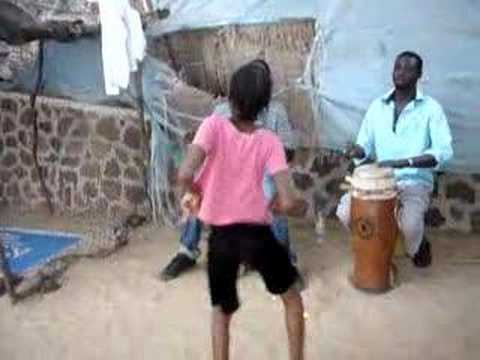 Senegal-Sabar-Leumbeul
