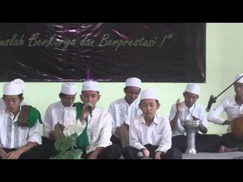 Hadrah al-Wahidiyah SMP Nurul Jadid